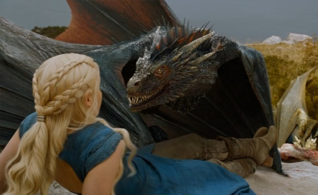 Drogon_snarls_at_his_mom